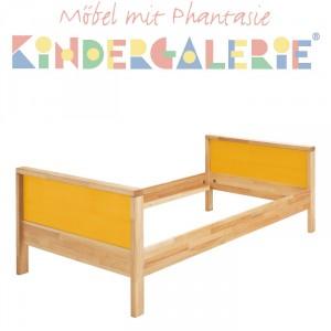 MATTI Kinderbett / Jugendbett natur / Füllungen dunkelgelb
